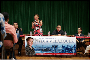 Councilwoman Velázquez Urged Bushwick Immigrants to Know Their Rights at Recent Immigration Forum